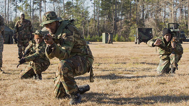 More than a thousand Marines and sailors deploying in January and February in support of crisis and contingency response in the U.S. Africa and European Commands' areas of responsibility recently completed a five-day certification exercise.