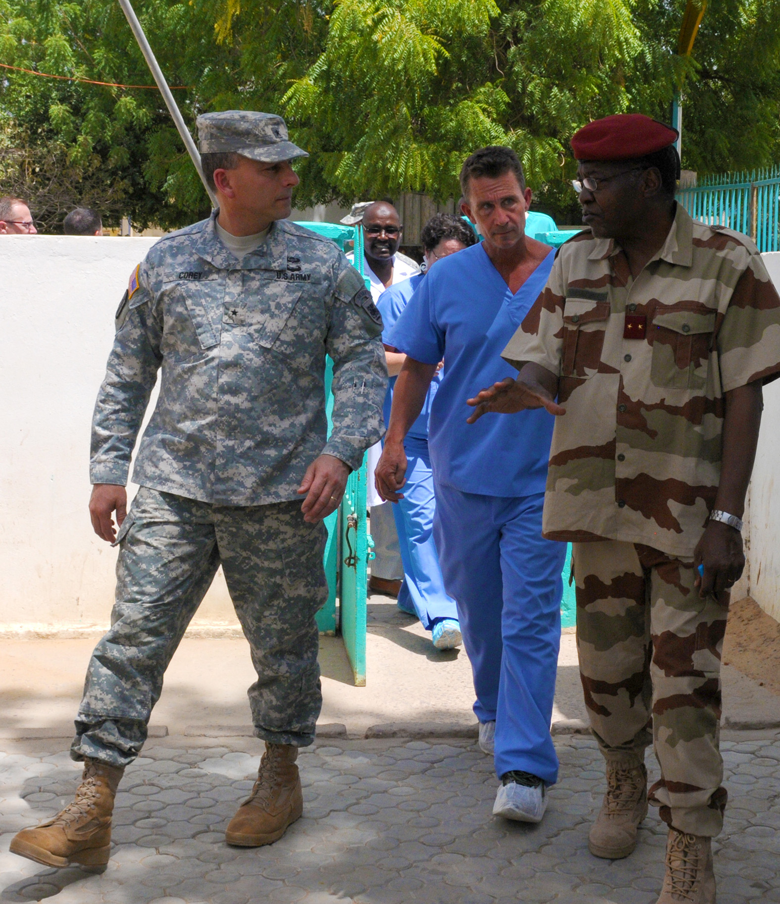 Brig. Gen. Peter Corey (left), the deputy commanding general of U.S. Army Africa, takes a tour of the Hospital Militaire D'Instruction with Chadian Army Brig. Gen. Djetodjide Tetimian (right), the commander of the facility, April 23, 2015. While at HMI, Corey visited the labs, patient wards, and operating rooms. He also observed a surgery and checked in with the U.S. Army Soldiers participating in Medical Readiness and Training Exercise 15-3. The Soldiers have been in Chad for nearly two weeks working alongside Chadian hospital staff conducting consultations with patients, performing and assisting in surgeries, and assessing and treating trauma patients. (U.S. Army Africa photo by Staff Sgt. Andrea Merritt)