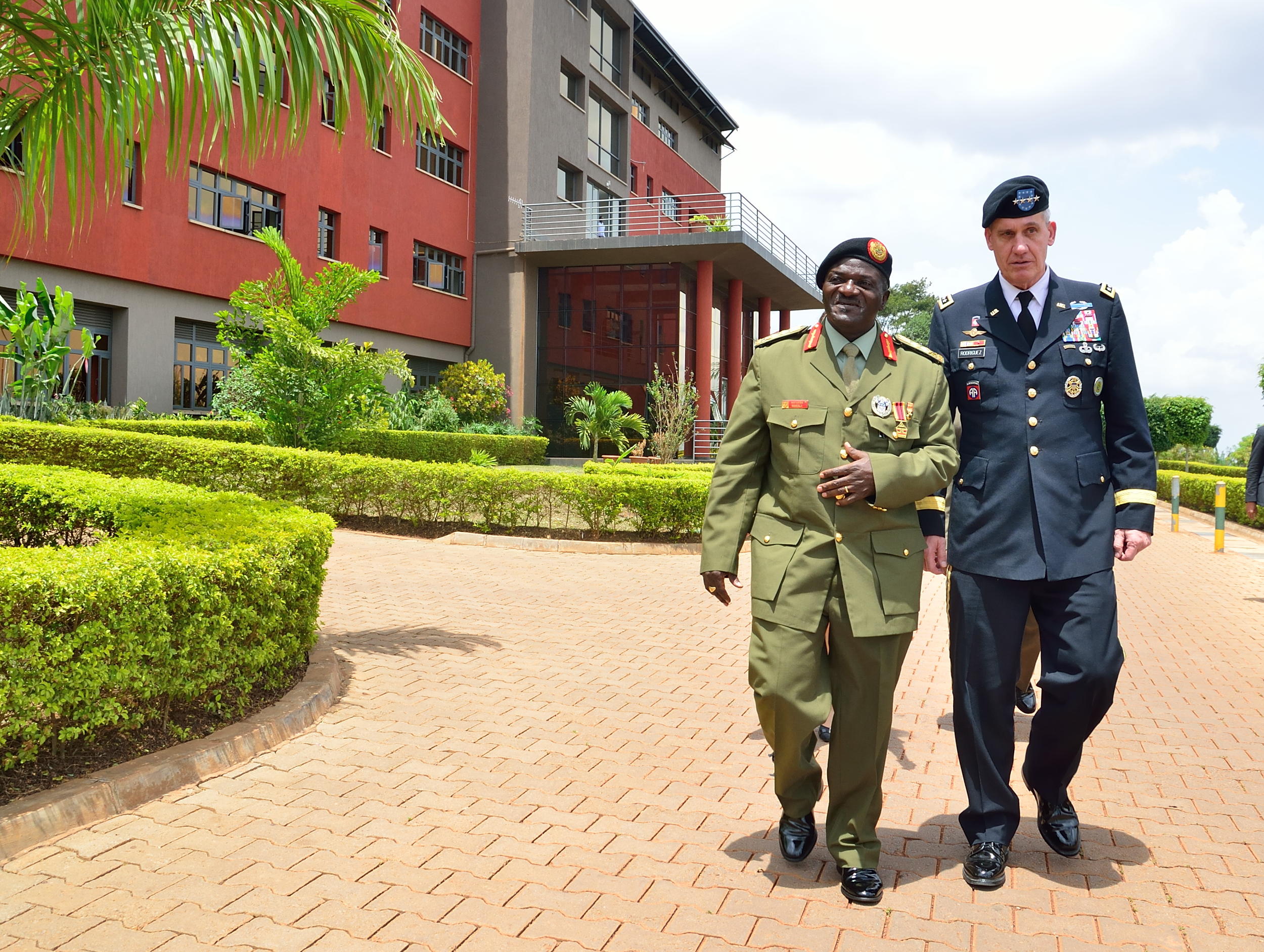U.S. Army Gen. David M. Rodriguez, the commander of U.S. Africa Command met Ugandan Chief of Defense Forces Katumba Wamala and other senior officials of the Uganda People's Defense Forces in Kampala Sept. 30, 2015. (Photo courtesy U.S. Embassy - Kampala)