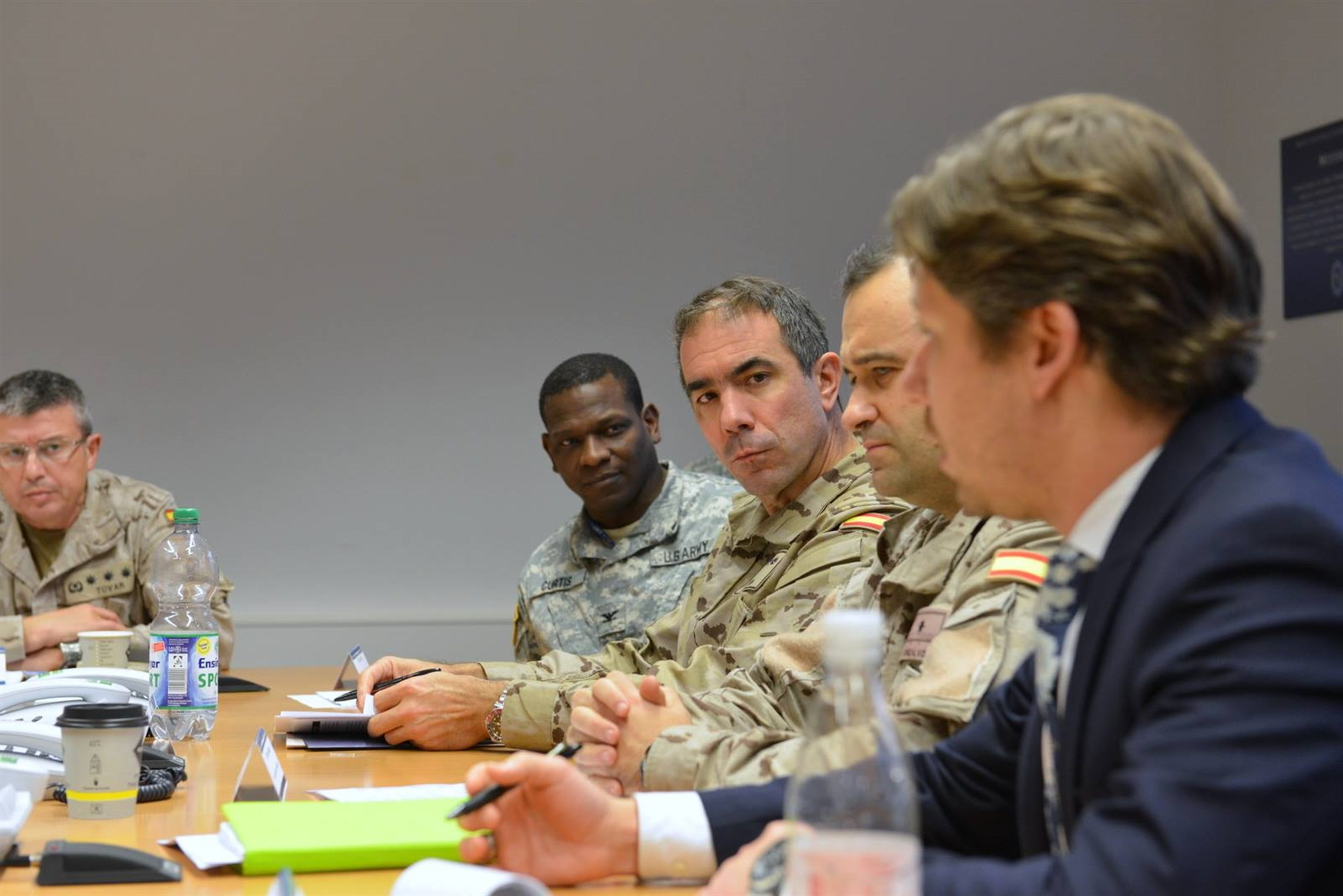 Members of the Spanish Joint Staff and U.S. Africa Command participate in a discussion at the AFRICOM Multinational Cooperation Center in Stuttgart, Germany, Dec. 2, 2015.