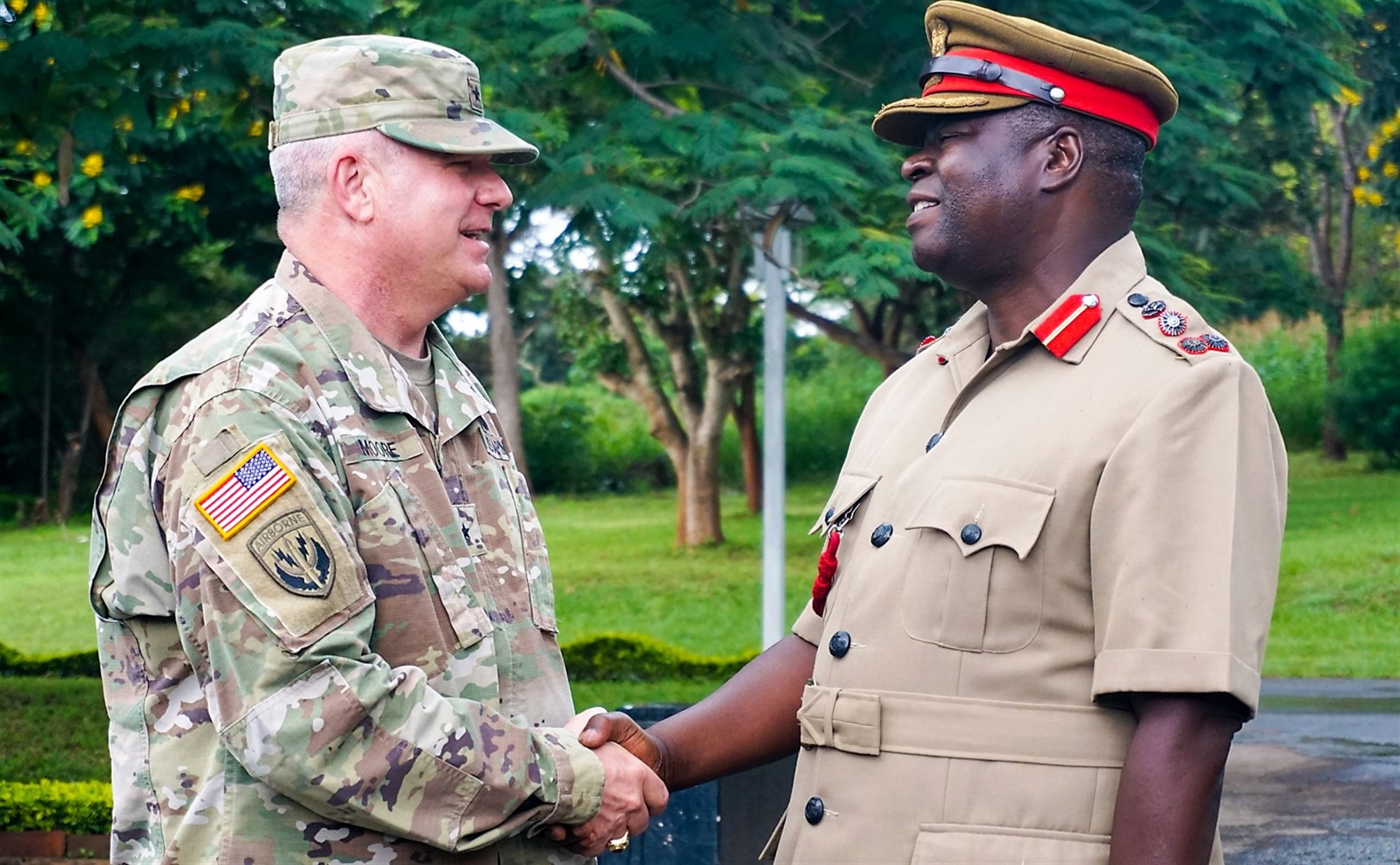 U.S. Army Brig. Gen. Kenneth Moore, U.S. Army Africa deputy commander, meets with Malawi Brig. Gen. Paul Phiri, Malawi Defense Force chief of training, at the Kumuzu Barracks, Lilongwe, Malawi, during the final planning event for the Africa Land Forces Summit 2017, March 27, 2017. ALFS is an annual, weeklong seminar bringing together land force chiefs from across Africa for candid dialog to discuss and develop cooperative solutions to regional and trans-regional challenges and threats. (Photo by Capt. Jason Welch, U.S. Army Africa Public Affairs/Released)