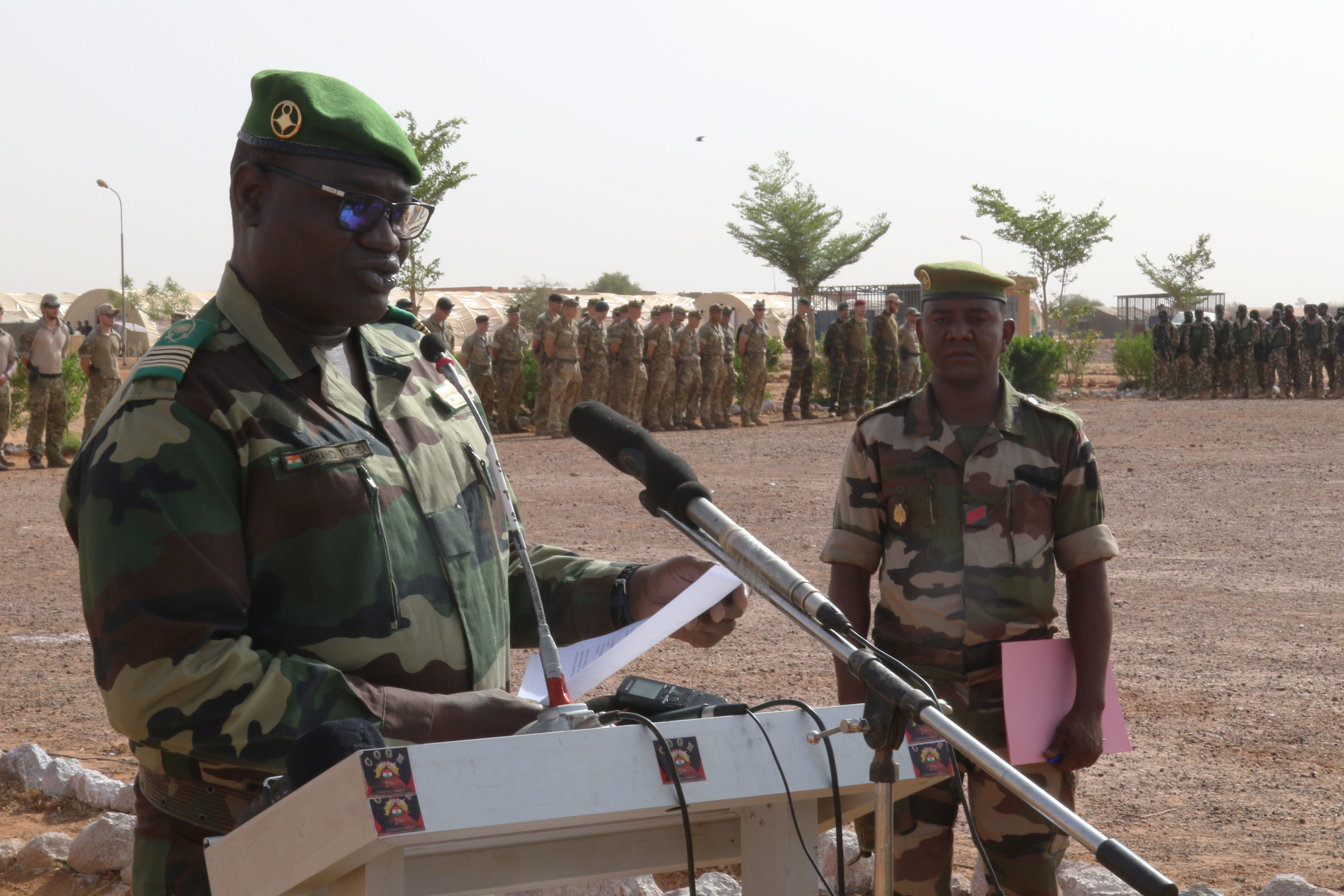TAHOUA, Niger - Col. Mohamed Toumba, Zone 4 Commander, Forces Armees Nigeriennes, or FAN, gives a speech to the dignitaries who attended the Tahoua opening ceremony for Flintlock 2018 in Tahoua, Niger, April 11, 2018. Flintlock 2018, hosted by Niger, with key outstations at Burkina Faso and Senegal, is designed to strengthen the ability of key partner nations in the region to counter violent extremist organizations, protect their borders, and provide security for their people.