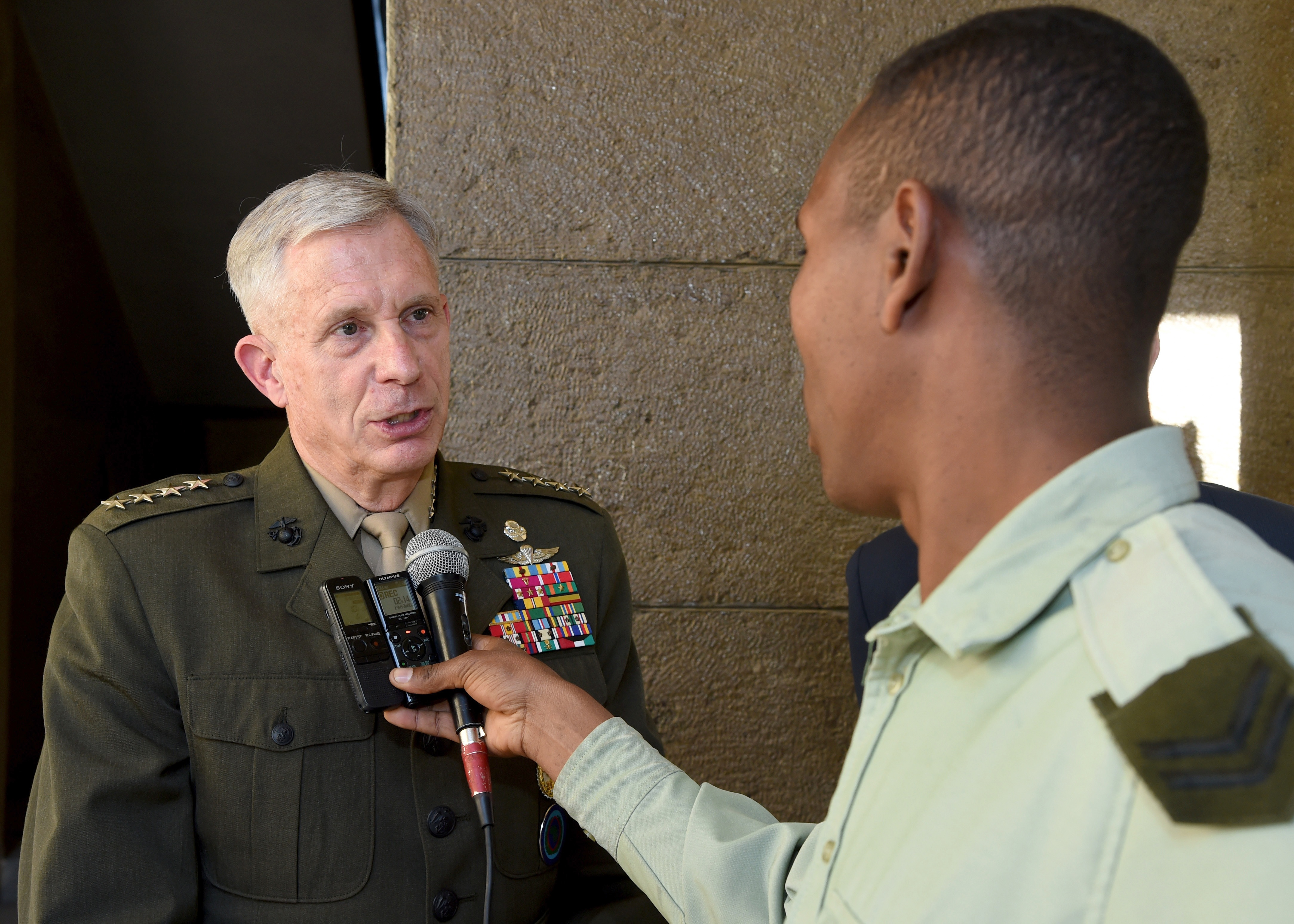 ADDIS ABABA, Ethiopia – U.S. Marine Gen. Thomas D. Waldhauser, Commander, U.S. Africa Command, speaks with an Ethiopian Army reporter at a meeting in Addis Ababa, EthiopiaNov. 28, 2018. During his visit to Addis Ababa, Waldhauser also met with Ethiopian Minister of Defense Aisha Mohammed, U.S. Ambassador to Ethiopia Michael Raynor, and Assistant Secretary of State for the Bureau of African Affairs, Tibor P. Nagy. 